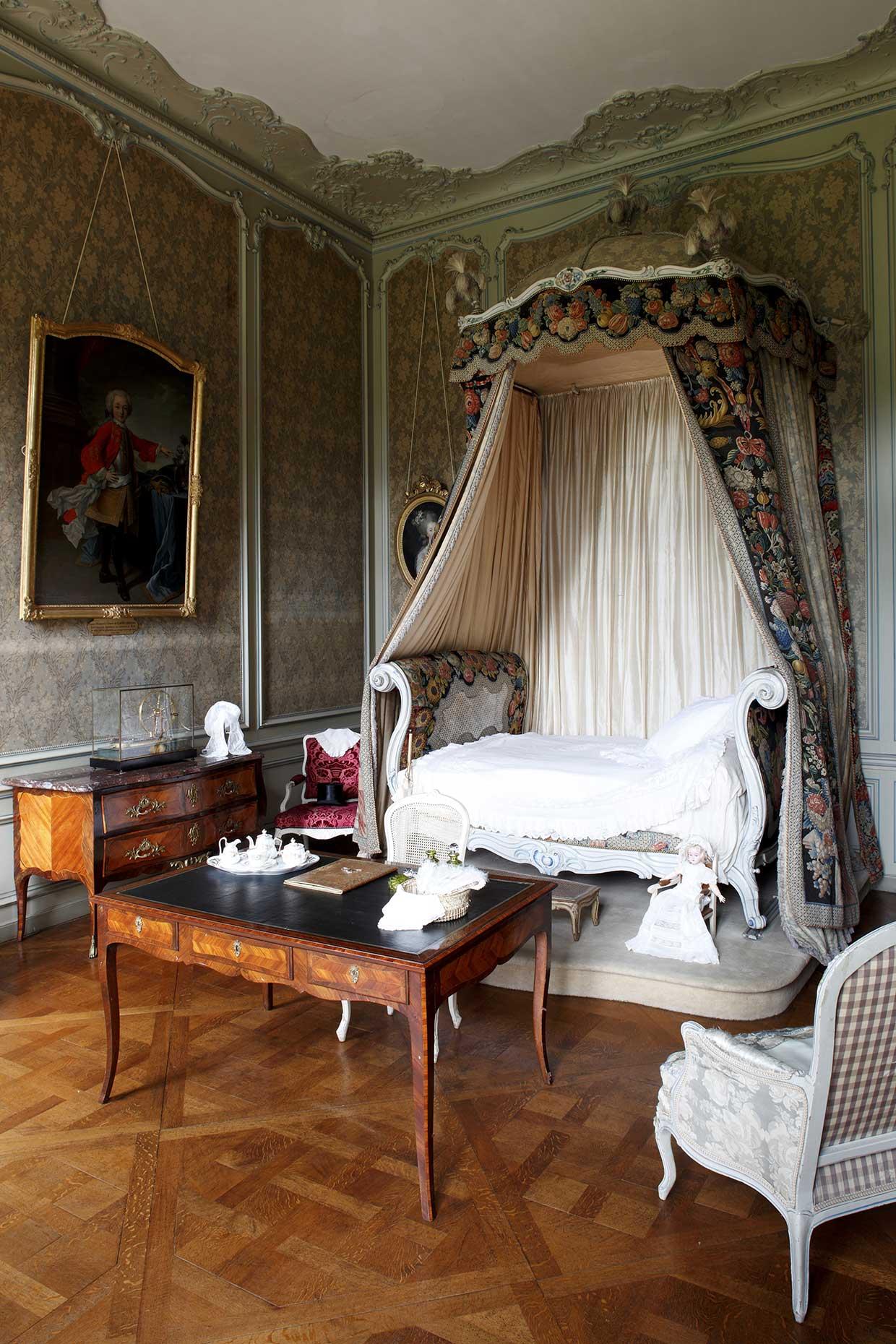 Lit Louis XV